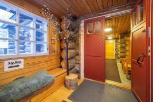 Apartments Kuukkeli Hirvas - Hotel - Saariselkä