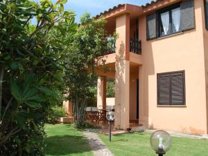 Two-Bedroom Apartment  with Private Garden (5 Adults)