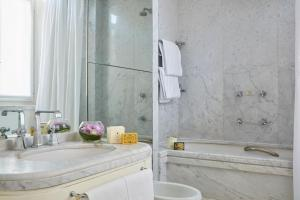 Hotel Regency-Small Luxury Hotels of the World - AbcAlberghi.com