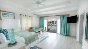 Bay Gardens Beach Resort (17 of 146)