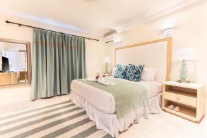 Bay Gardens Beach Resort (14 of 146)