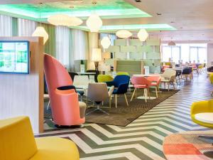 Hotel ibis Styles London Heathrow Airport (7 of 28)