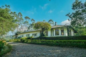 . Binoya Tea Estate Bungalow