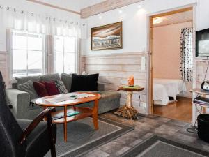 Holiday Home Lustola b - Hotel - Luosto