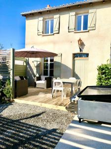 Accommodation in Mézières-sur-Issoire