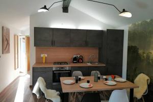Hiša Pri Koritu - Apartma Stol