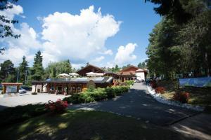 Dolomiti Golf House - AbcAlberghi.com