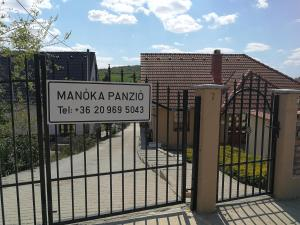 Manoka Guest House