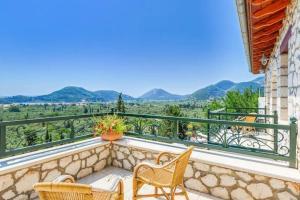 Rachi Villa Sleeps 8 Pool Air Con WiFi Meganisi Greece