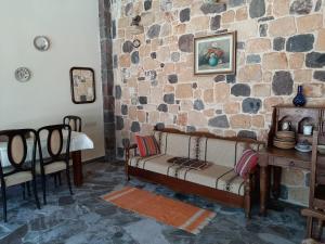Ela Mesa Aegina Greece