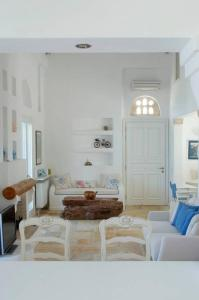 Luxury villa by the beach Andros Greece