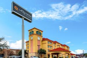 La Quinta by Wyndham DFW Airport West - Bedford - Hotel