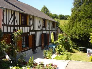 Location gîte, chambres d'hotes Le Val Godard dans le département Orne 61