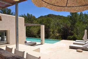 Luxury Private Holiday Villa with Private Pool Ibiza Villa 1072