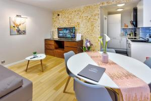 JessApart– Babka Tower Apartment