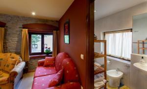 Hotel Rural Los Cerezos de Yanguas, Affittacamere  Yanguas - big - 16