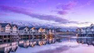 The Lake Resort - Heritage Col..