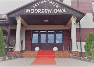 HOTEL Restauracja Modrzewiowa