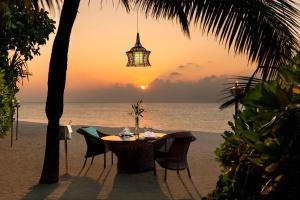 Anantara Dhigu Maldives Resort (12 of 41)
