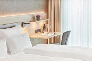 Gästehaus Bauer - Schlafen auf dem Weingut, Отели типа «постель и завтрак»  Хайльбронн - big - 5