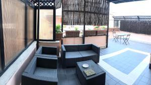 H ton 10 appartamento con terrazza - abcRoma.com