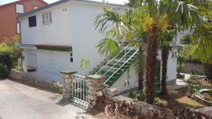 Apartment Mir