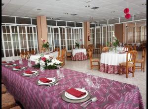 Hotel La Glorieta, Hotel  Baños de Montemayor - big - 18