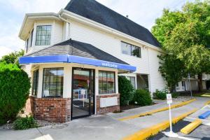Motel 6-Wethersfield, CT - Har..