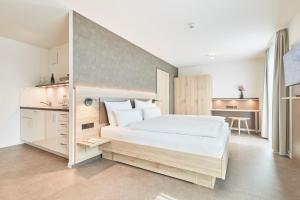 Gästehaus Bauer - Schlafen auf dem Weingut, Отели типа «постель и завтрак»  Хайльбронн - big - 13