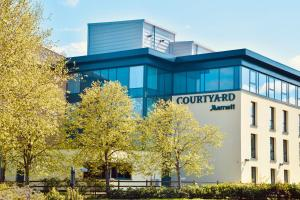Courtyard by Marriott Glasgow Airport - Hotel - Paisley