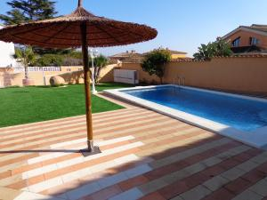 Villa with 4 bedrooms in Benifayo with wonderful sea view private pool enclosed garden 35 km from the beach