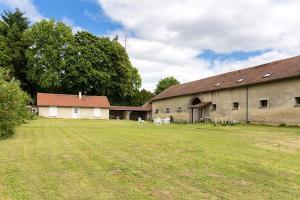 Location gîte, chambres d'hotes Holiday Home Grand Charmois dans le département Aisne 2