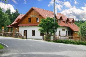 Pension Klokočí, Гостевые дома  Снежне - big - 43