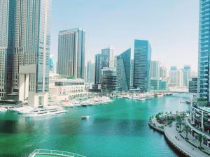 Luxury Studio Apartment With Full Dubai Marina Views - Dubai