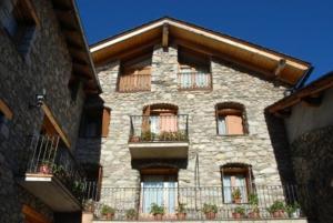 Casa Rural Casa Colom - Hotel - Espot