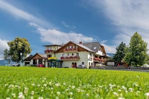 Hotel Gasthof zur Linde - Mariahof