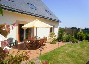 Holiday home Keravel Hent Poul Stripo