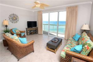 . Celadon Beach Resort 1004, 1 Bedroom, Beach Chairs, WiFi, Sleeps 6
