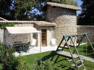 Holiday home chateaux du cros