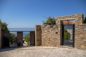 Eleni's Guesthouse Andros Greece