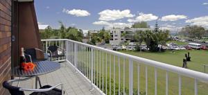 Main Beach Apartments