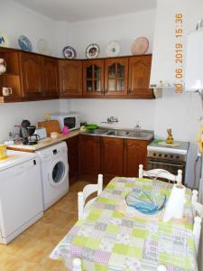 Apartment Avenida Marcos Portugal, 2845-610 Amora