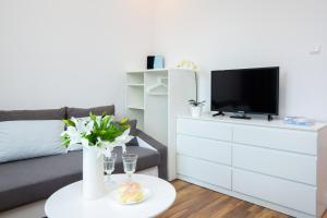 Apartments Warsaw Gagarina by Renters