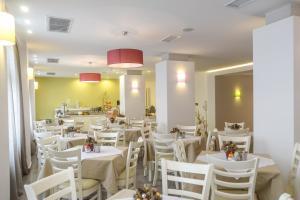 Xenia Hotel, Отели  Наксос - big - 81