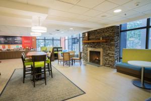Hampton Inn Clarks Summit - Hotel