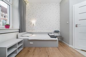 Cracow Old Town Apartments by Homeclick