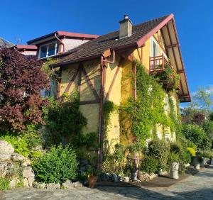 Demeure d'Hôtes L'Hermitage - Accommodation - Mouxy