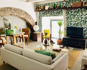 obrázek - Old Stables Chiado - 1 bedroom in the green heart of Lisbon
