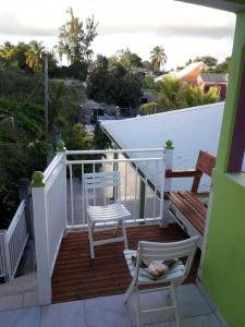 Apartment with one bedroom in Sainte Anne with shared pool enclosed garden and WiFi 6 km from the beach