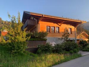 Chalet Park Apartment mit Sauna Hamam - Hotel - Diemtigen